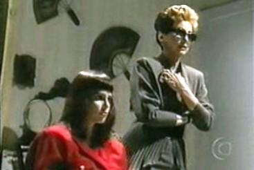 Lídia Brondi e Beatriz Segall como Solange e Odete Roitman.