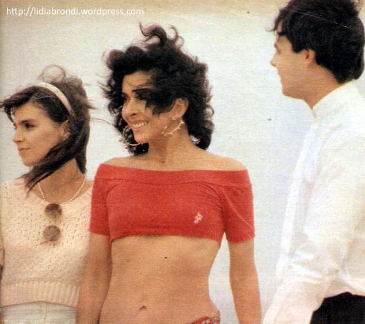 "Lídia Brondi, Betty Faria e Cássio Gabus Mendes em cena de ""Tieta""."